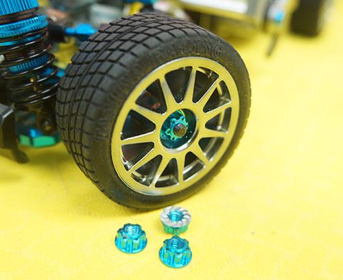 Yeah Racing 4mm Aluminium Wheel Flange Lock Nut 4pcs For RC Car Blue #YA-0448LB