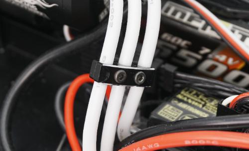 Yeah Racing Aluminum Case 12-14 Gauge Wire Guard Clamp Type B #YA-0487